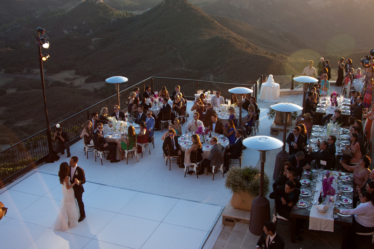 Before and after photos rocky oaks estate a stunning for Malibu rocky oaks estate vineyards wedding cost